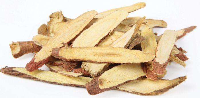 cách trị đau họng với rễ cam thảo